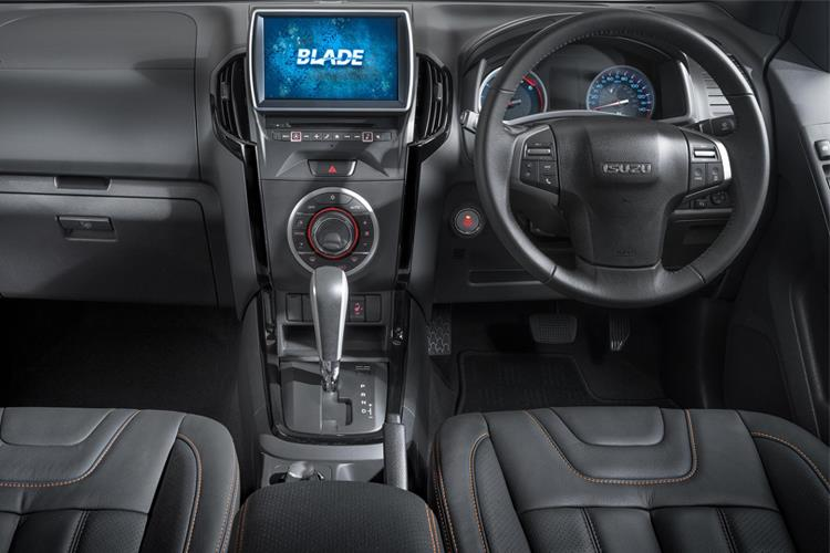 Isuzu D-MAX Pick Up Double Cab 4wd 1.9 TD 4WD 164PS DL40 Pickup Double Cab Manual [Start Stop] inside view